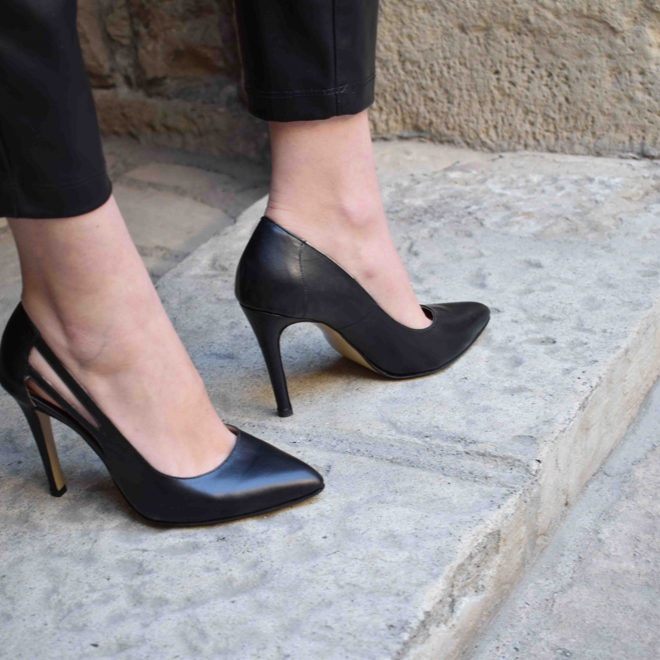 Lydia's black court shoe