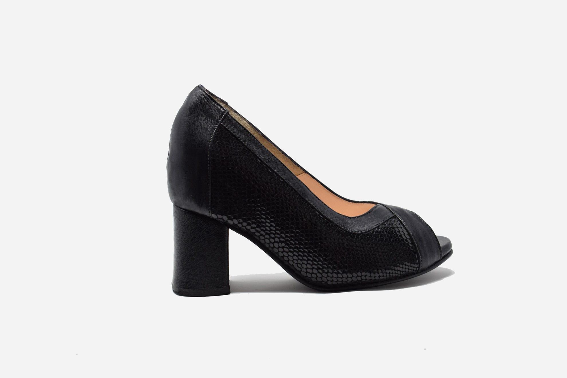 orthopedic court shoes